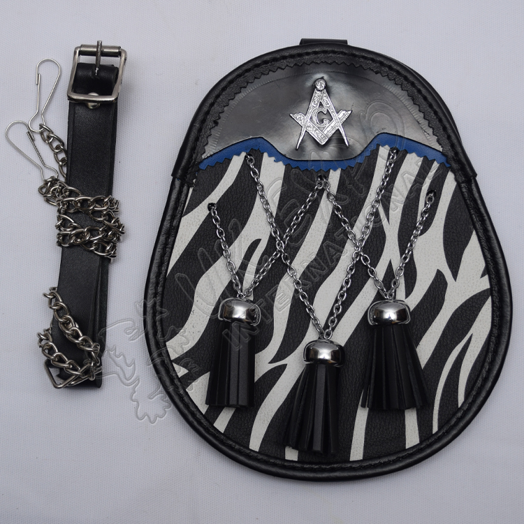Scottish Black and White Day Wear sporran with Masonic Badge
