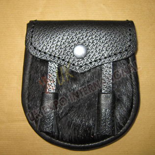 Baby sporran with Black Fur with Grain leather