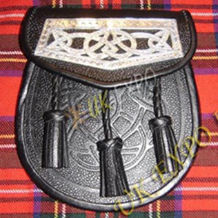 Celtic Design Plate Leather Sporran