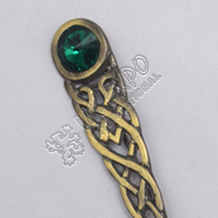 Celtic Knot With Green Stone Brass Antique Kilt Pin