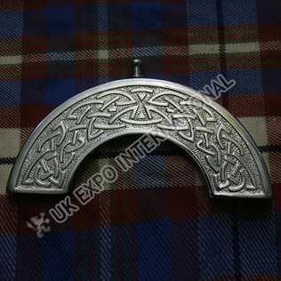 Celtic knot work with trendy cantle