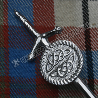 Celtic shield Scottish sword kilt pin