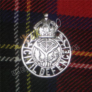 CIVIL DEFENCE Metal Badge