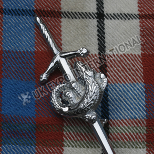 Crocodile badge sword kilt pin