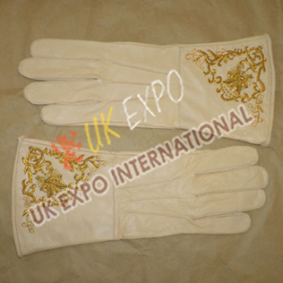 Gentle Glove with Embroidery Cream color