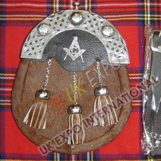 Light Brwon Seal Skin 3 tessels Sporrans with Masonic Badge