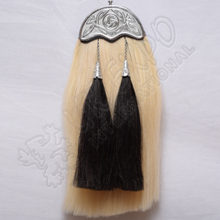 Long Horse hair Sporran with Celtic Cantle