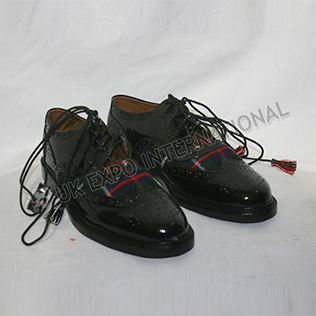 Mekenzie Modern Tartan PVC shine in Black Color With ruber sole