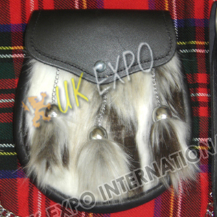 Multi Color Fur Artificial with Simple Flap and 3 tessels