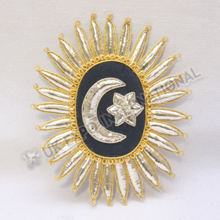 NELSON ORDER OF THE CRESCENT Hand Embroidery Badge