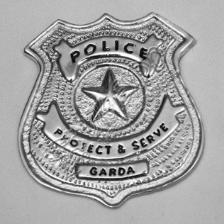 Police Protect & serve Garda Metal Badge