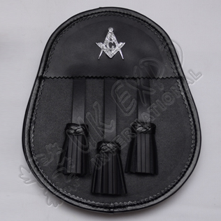 Scottish Black Leather Day Wear Sporran With Masonic Badge