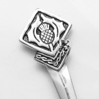 Scottish Flower Kilt Pin with Black Color Filling