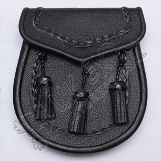Scottish Grain Leather Sporran With Three Leather Tassels