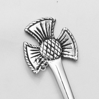 Scottish sign Kilt Pin with Black Color Filling