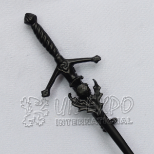 Scottish Sword with Thistle Kilt pin black colored