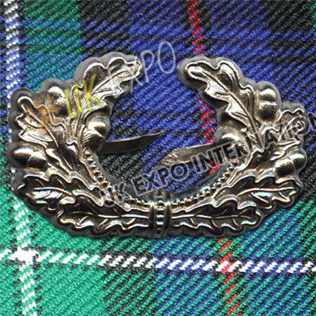 Scottish Thistle metal Cap Badge