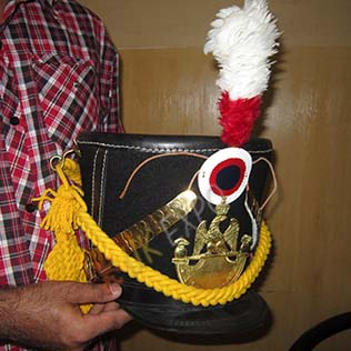 Shako Hat Yellow cord, Brass Plate,Bios,Hook,Chine Scale,Red white hackle,leather cockade
