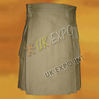 Snaps closing Children Kilt Size 9 Tan color