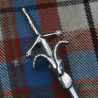 Stage head with sword kilt pin