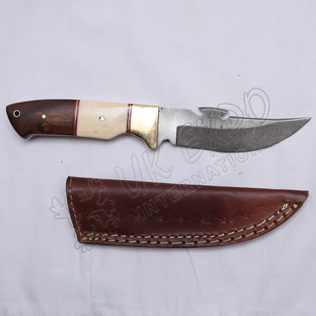 Thunder cut knife Damascus steel blade with wood and bone brass handle