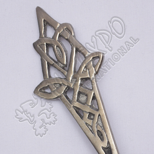 Trinity Celtic Shiny Antique Kilt Pin