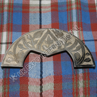 Unique engraving along sides of cantle leaf and celtic knot work Hand Made Engraving