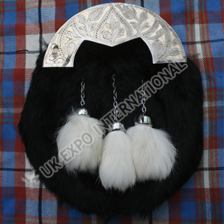 Unique engraving along sides of cantle on Black Rabbit Fur Sporran