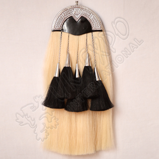White horse hair with Black tessels Sporran