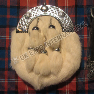 White Rabbit fur Sporran with 5 Tessels